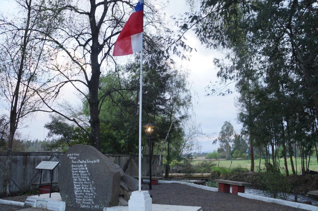 Monumento a los soldados de la Guerra del Pacifico. Plaza de Coibungo. Septiembre,2016.